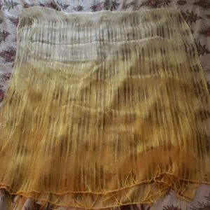 NWT Ombre Yellow to Gold Scarf